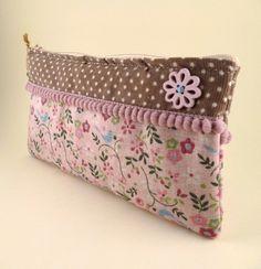 ❤ liebevolle Tasche für Stifte oder eure Kosmetik   ❤Die Tasche ist aus strapazierfähigem Leinen und Baumwolle genäht  ❤Innen ...