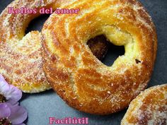 Rollos del amor | Cocina Top Recipes, Cooking Recipes, Pan Dulce, Bread And Pastries, Fritters, Chutney, Bagel, Tapas, Cravings