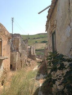 Ruins of Poggioreale – Poggioreale, Italy   Atlas Obscura