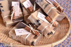 Detalles de boda jabones de café. Consultas y encargos: eljaboncasero@gmail.com