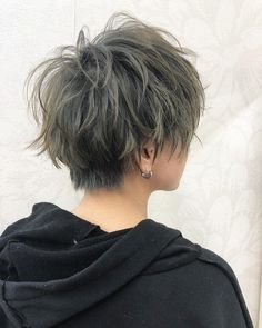 Short Shaved Hairstyles, Tomboy Hairstyles, Short Hairstyles For Women, Messy Hairstyles, Hair Color For Women, Cool Hair Color, Asian Haircut, Androgynous Hair, Messy Short Hair