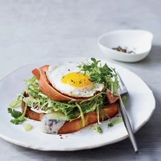 Star Los Angeles chef Suzanne Goin has perfected this outstanding open-faced sandwich—a cross between a frisee salad and a croque monsieur—topped with a sunny-side-up egg.