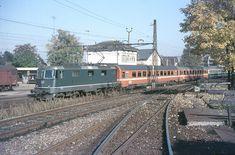 Swiss Railways, Oil Rig, Train Travel, Airplane, Ships, Pictures, Orange, Trains, Europe