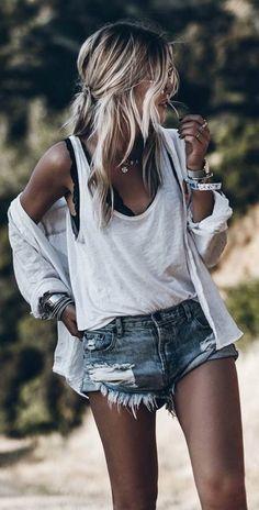 Denim Shorts Outfit Ideas 41