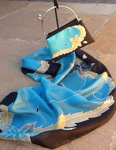 My latest commission - this one was sent to Dubai!  Hand painted silk scarf with matching handbag.