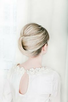 super simple and elegant prom hair style #IPAProm #Prom360 #Hair