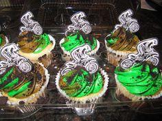 dirt bike cupcakes