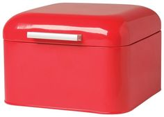 This sleek square bakery box is the perfect storage solution for pastries, bagels, and rolls alike! the attached lid swings up easily to access contents and small holes at the back allow air to circul Storage Bins, Storage Containers, Food Storage, Storage Solutions, Closet Storage, Cupcake Boxes, Cupcake Cookies, Kitchen Shop, Kitchen Design