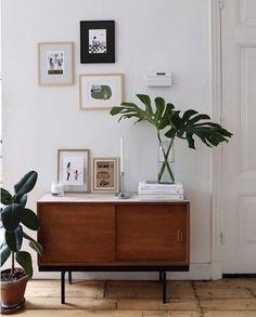 Mid-century modern interior https://www.emfurn.com