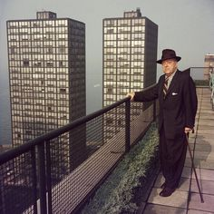 The Architect and his work. Mies van der Rohe photographed by Slim Aarons, Chicago. He's standing before his two landmark buildings, Lake Shore Drive. Slim Aarons, Ludwig Mies Van Der Rohe, Le Corbusier, Famous Architects, International Style, Frank Lloyd Wright, Art And Architecture, Arches, Zaha Hadid