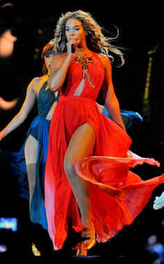 Queen Bey puts on her freakum dress for the Mrs. Carter Show in Miami.