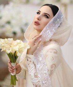 Image may contain: 1 person, wedding Hijabi Wedding, Muslim Wedding Dresses, Muslim Brides, Wedding Dresses For Girls, Wedding Attire, Bridal Dresses, Bridal Hijab, Pakistani Bridal, Belle Silhouette