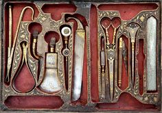 Surgical tools decorated with overlaid gold, Iran 19th century. Courtesy of The Benaki Museum, Athens