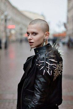 """""""Punk is not dead. Punk will only die when corporations can exploit and mass produce it. Glam Style, My Style, Style Punk Rock, Spiked Leather Jacket, Studded Jacket, Mode Bizarre, Chicas Punk Rock, Photo Rock, Punk Mode"""