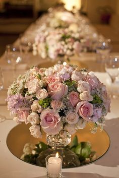 Super Ideas For Wedding Table Decorations Mirror White Flowers Trendy Wedding, Our Wedding, Dream Wedding, Wedding Table Decorations, Wedding Themes, Flower Centerpieces, Wedding Centerpieces, Centrepieces, Mirror Centerpiece