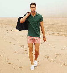hunter green polo. pink shorts. white kicks. easy. fool proof. summer. style.