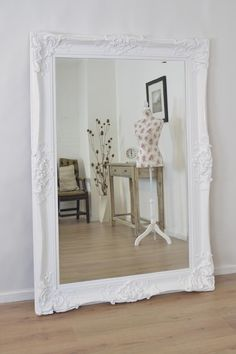 For mounted mirrors floor frameless ideas room set feature large full design giant diy living bedroom garden home oval white hanging gym oversized decor Shabby Chic Spiegel, Shabby Chic Mirror, Mirror Room, White Wall Mirrors, Bathroom Mirrors, Large Mirrors, Mirror Mirror, Design Websites, White Ornate Mirror