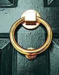 Exterior door hardware knock knock 37 ideas for 2019 Green Front Doors, Double Front Doors, Front Door Colors, Exterior Door Hardware, Modern Exterior Doors, Exterior Paint, Glass Door Lock, Sliding Glass Door, Farrow And Ball Kitchen
