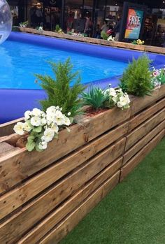 32 Gorgeous Summer Planter for Summer Outdoor Pool Above Ground Pool Cost, Above Ground Pool Landscaping, Backyard Pool Landscaping, Backyard Pool Designs, In Ground Pools, Oberirdischer Pool, Diy Pool, Swimming Pools Backyard, Piscina Pallet