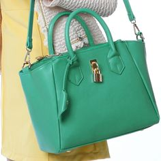Price:$29.99 Color: Pink/Green/Mint green/Fluorescence green Sweet Lock Fringed Crossbody Bag