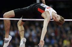 Derek Drouin won gold at the 2016 Summer Olympics and is also the reigning world champion in high jump.He previously won a bronze medal at the 2012 Summer Olympics and a bronze medal at the 2013 World Championships. Long Jump, High Jump, Athlete Motivation, Triple Jump, 2012 Summer Olympics, Perfect Music, Pole Vault, Sports Celebrities, Champion Sports