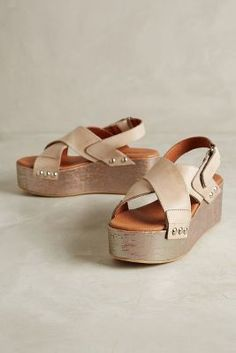 67 Collection Nira Flatforms #anthrofave