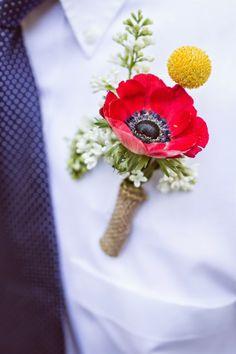 red poppy bright boutonniere // photo by Orange Blossom Photography // florals by LC Floral Design July Wedding, Red Wedding, Wedding Groom, Floral Wedding, Wedding Bouquets, Wedding Flowers, Wedding Tips, Wedding Music, Summer Wedding