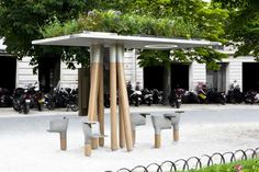 A Free, Green-Roofed WiFi Station in Paris.