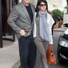Alec Baldwin in John Varvatos sunglasses