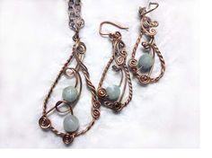 Tear Drop Necklace and Earring set with by majesticwireartworks