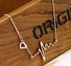Golden Fashion Alloy Heart Pendant Necklace