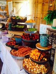 Fruit and cheese and crackers (fall food display) wedding reception food, wedding food Wedding Buffet Food, Wedding Reception Food, Party Buffet, Wedding Catering, Food Buffet, Wedding Food Displays, Dinner Buffet Ideas, Wedding Snack Bar, Fruit Buffet