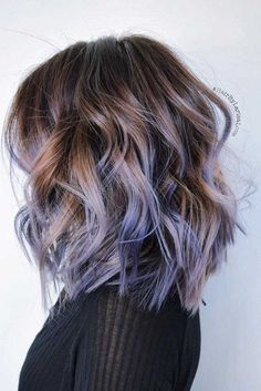 Short layered hair comes in so many shapes and lengths that there is no such a person who would not find something suitable. Just think about it!
