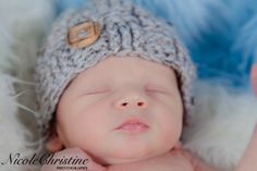 Newborn boy photography Chicago    Nicole Christine photography