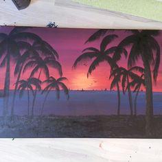 Akrilik boyayla yaptim. Doyamiyorum izlemelere =) made by acrilic paint. Can't stand without starring