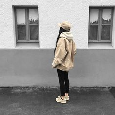 Streetwear and Urban Fashion Mode Outfits, Winter Outfits, Casual Outfits, Fashion Outfits, Style Fashion, Fresh Outfits, Fashion Styles, Fashion Fashion, Runway Fashion
