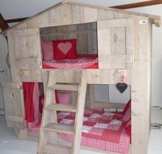 Inspiratie slaapkamer sterre en jonah on pinterest loft beds kids rooms and beds - Baby slaapkamer deco ...