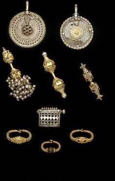 Gold Jewelry Store Near Me Product Silver Jewellery Indian, Royal Jewelry, Emerald Jewelry, Tiffany Jewelry, Silver Jewelry, India Jewelry, Ethnic Jewelry, Jewelry Stores Near Me, Earrings
