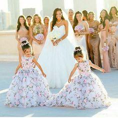 """109 Likes, 2 Comments - Isabelle, noiva de 2018  (@umsonhonoaltar) on Instagram: """"E essas daminhas?  . . #Daminhas #Damasdehonra #Criançasnocasamento #Fofura #Casamento #Wedding…"""""""