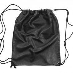 plecak skórzany wykonany z czarnej, matowej skóry