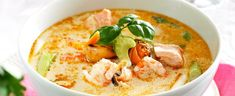DAGENS RETT: Sjømatsuppe Lassi, Thai Red Curry, Ethnic Recipes, Food, Meals, Yemek, Eten