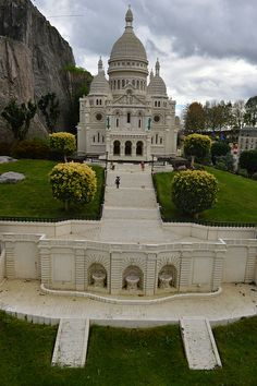 Sacré-Cœur (Legoland Windsor's Miniland) | Flickr - Photo Sharing!
