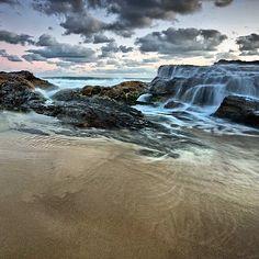 Snapper rocks - #wow_australia #wonderful_places #epic_captures #exploreaustralia #exploringaustralia #tgif #ig_shots #instagram #ig_allround #ig_goldcoast #ig_worldclub #ig_shutterbugs #ilovegoldcoast #iloveaustralia ##pro_ig #photooftheday #photooftheday #australia #aussiephotos #australiagram #amazing_australia #australiagram_qld #surf #seascapes #snapperrocks #goldcoast #goldcoast4u #goldcoast_today by trish_o_donnell