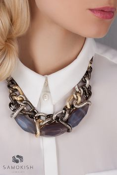 Chain necklace with grey agates