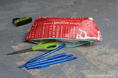 Top 5 Sewing Posts From 2014 Zipper Bags, Zipper Pouch, Easy Sewing Projects, Sewing Tutorials, Poly Pocket, Diy Coin Purse, Lululemon Bags, Girl Scout Crafts, Diy Handbag