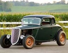 02 1934 Ford Five Window Coupe Weber - Provided by Hotrod