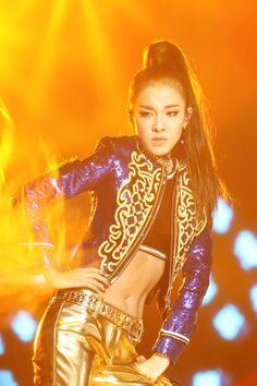 """â™"""" The Official Goddess Sandara Park Thread â™"""" 2ne1 Minzy, 2ne1 Dara, Cl 2ne1, Sandara 2ne1, Sandara Park, Kpop Girl Groups, Korean Girl Groups, Kpop Girls, K Pop"""
