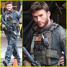 Scott Eastwood Seen in Costume for 1st Time on 'Suicide Squad' Set! Suicide Squad #SuicideSquad