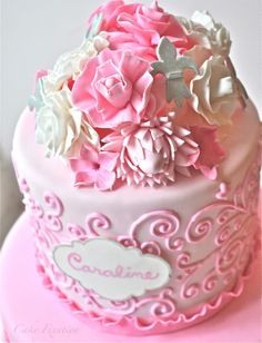 Time to make some Pretty Pink Cake and Sugar Flowers.  Take a look at the tutorial.