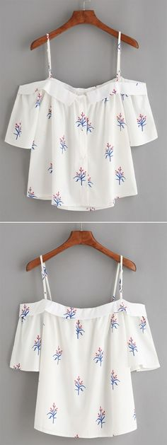 White Fold Over Cold Shoulder Flower Print Top - Daily Fashion Outfits Look Fashion, Diy Fashion, Teen Fashion, Fashion Outfits, Womens Fashion, Fashion Heels, Fashion Clothes, Casual Wear, Casual Outfits